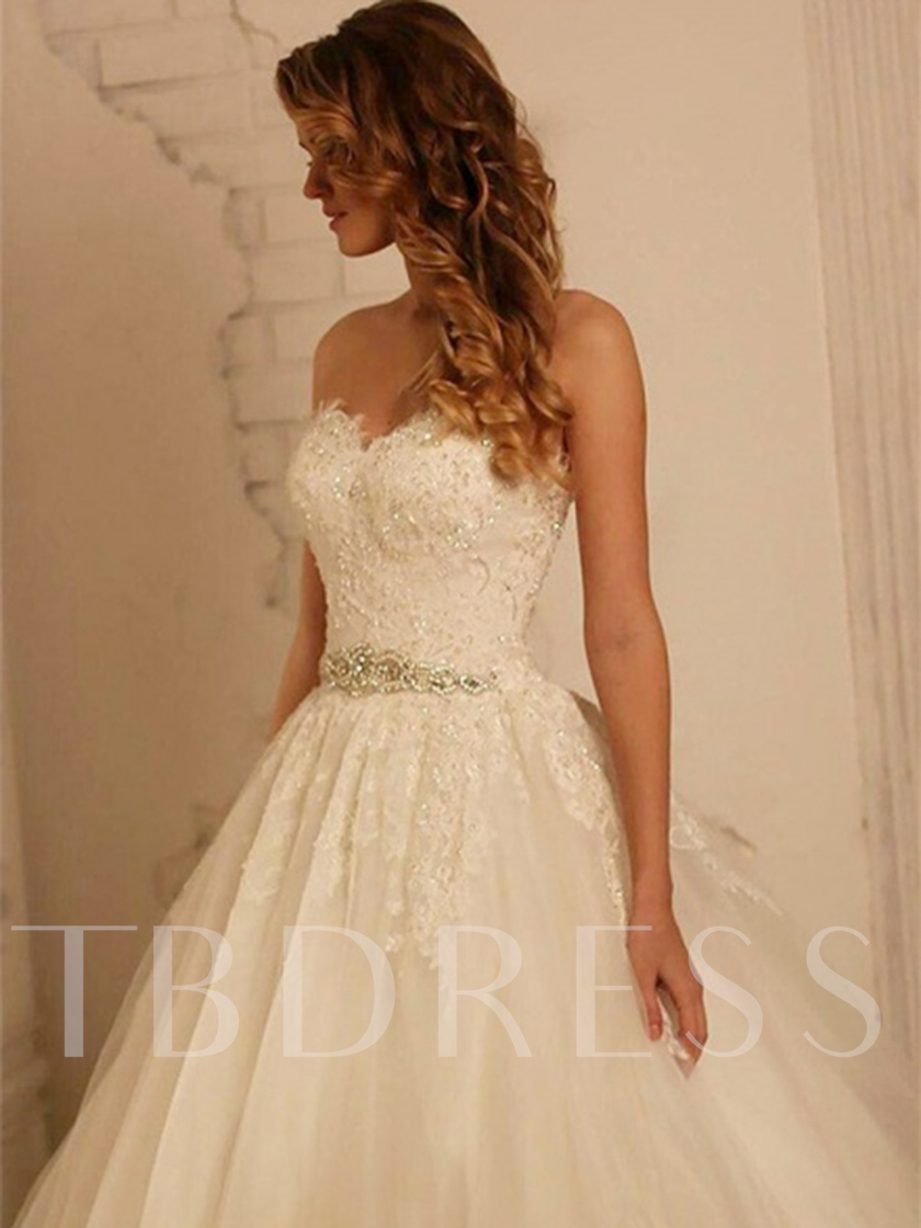 Court Sweetheart Ball Gown Sleeveless Hall Wedding Dress 2021