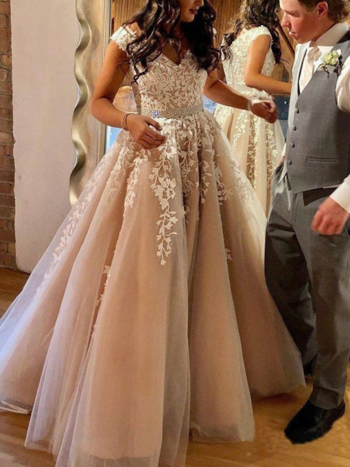 Beading Floor-Length Cap Sleeves V-Neck Wedding Dress 2020
