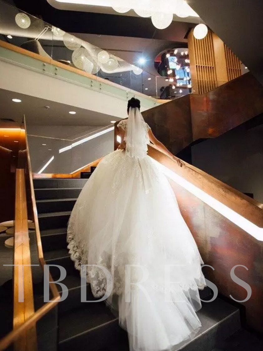 Appliques Scoop Cap Sleeves Ball Gown Church Wedding Dress 2021