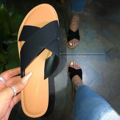 Slip-On Cross Flat With Beach Slippers