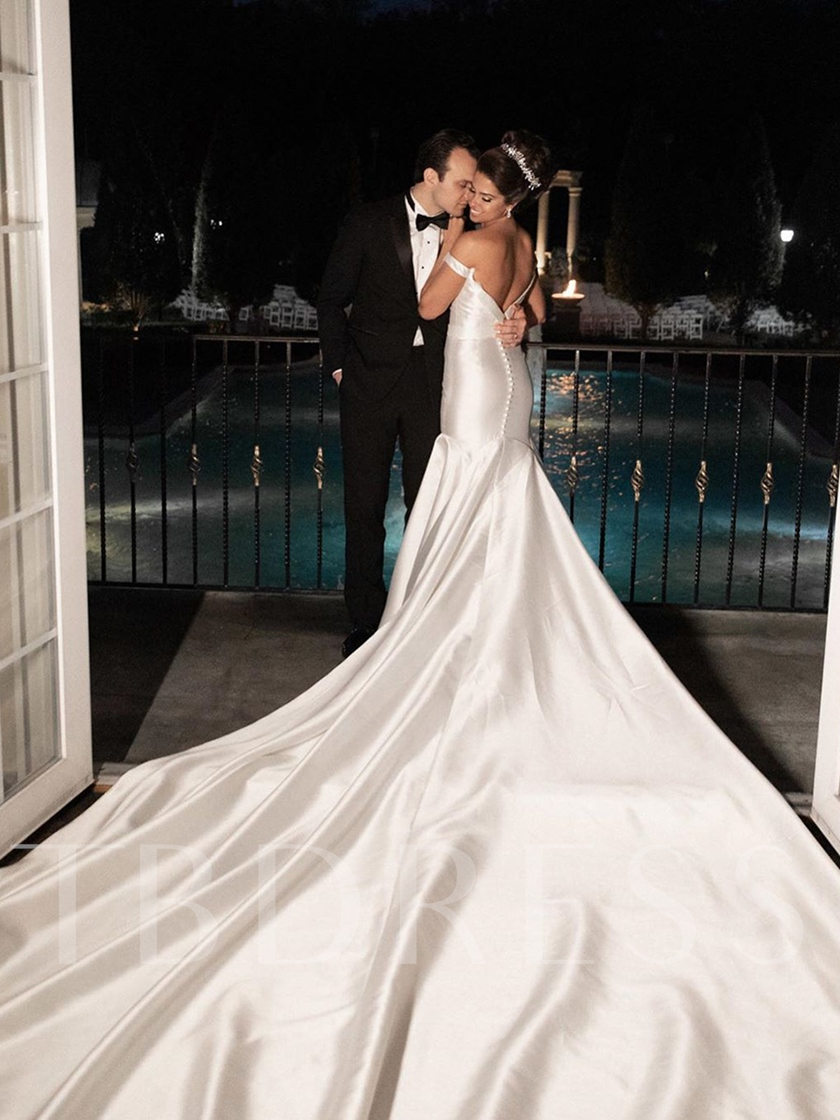 Floor-Length Cathedral Off-The-Shoulder Trumpet Mermaid Church Wedding Dress 2021