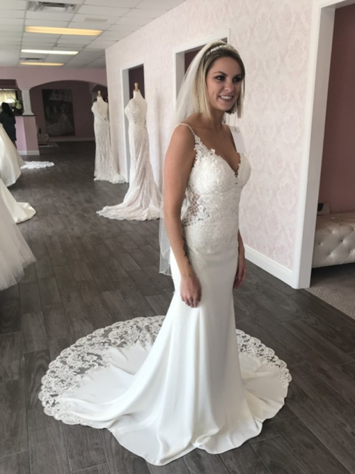 Spaghetti Straps Court Appliques Sleeveless Hall Wedding Dress 2020