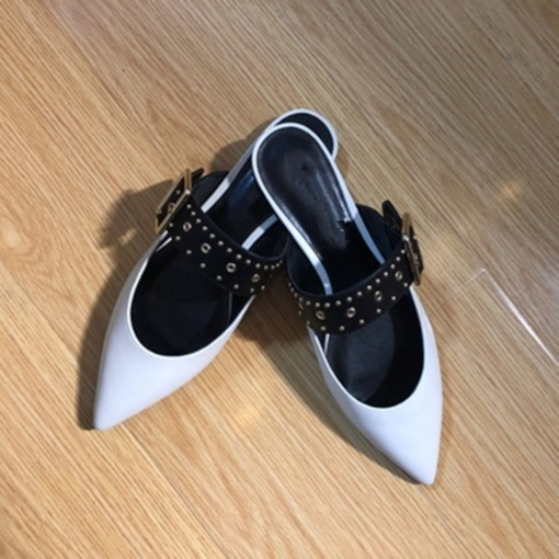 Line-Style Buckle Closed Toe Rivet Flat With Rubber Slippers