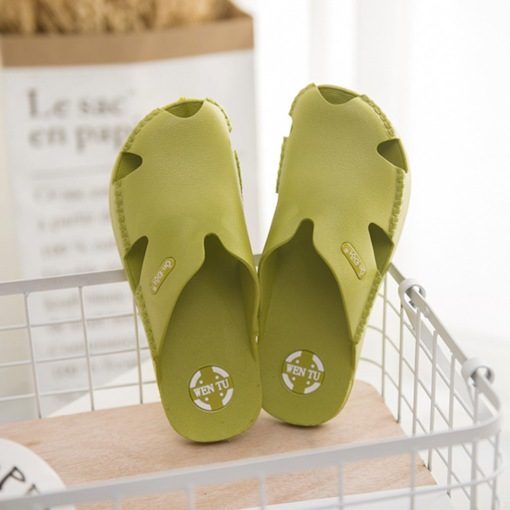 Thread Closed Toe Flat With Slip-On Casual Slippers