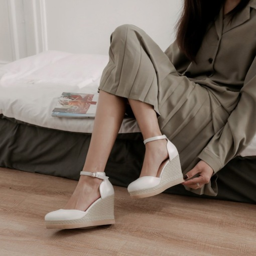 Buckle Buckle Closed Toe Ultra-High Heel(≥8cm) Thin Shoes