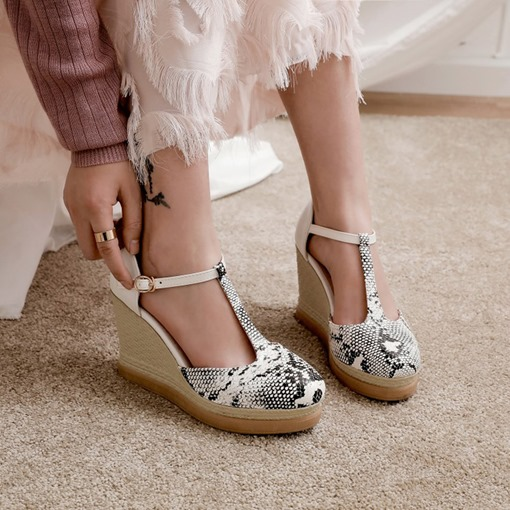 Platform Wedge Heel Buckle Closed Toe Ultra-High Heel(≥8cm) Thin Shoes