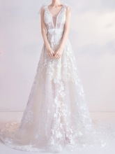 Lace Floor-Length A-Line Garden Outdoor Wedding Dress 2020