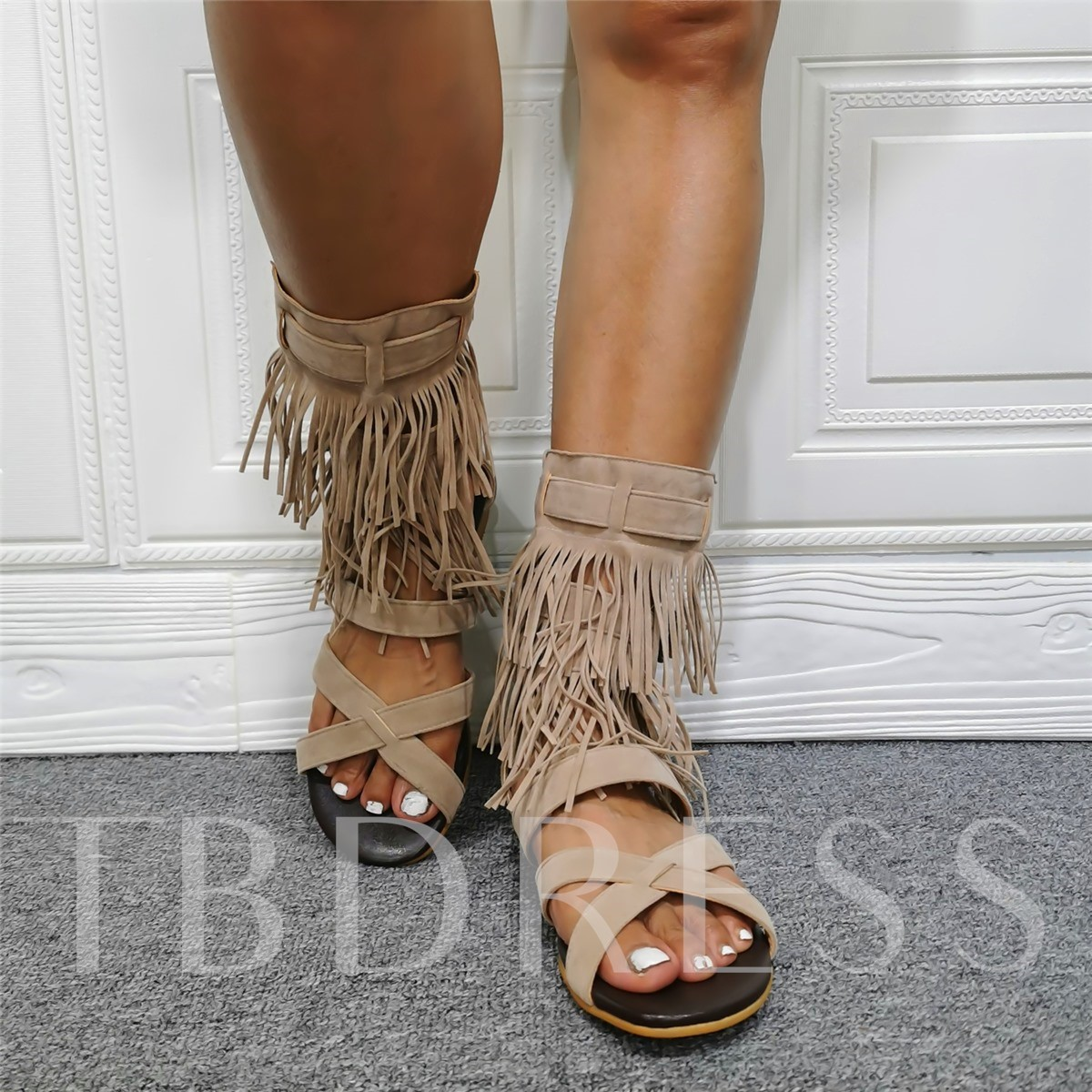 Heel Covering Open Toe Flat With Line-Style Buckle Plain Sandals