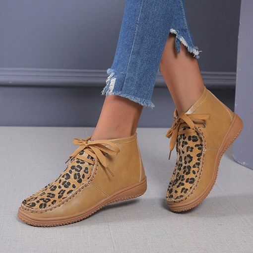 Round Toe Flat With Leopard Lace-Up Front Casual Boots