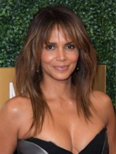 Halle Berry's Hairstyle Long Shaggy Layers Straight Human Hair Wigs With Wispy Curtain Bangs 24 Inches 120% Wigs