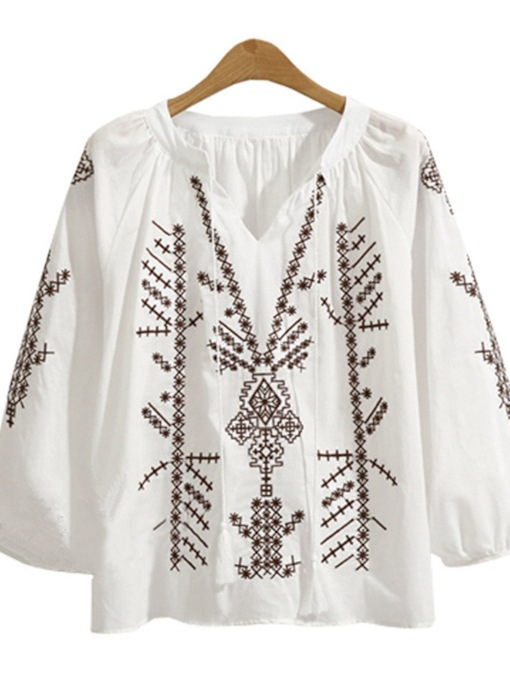Geometric Embroidery V-Neck Lantern Sleeve Plus Size Women's Blouse