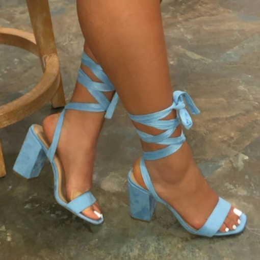 Plus Size Open Toe Chunky Heel Lace-Up Cross Strap Sandals