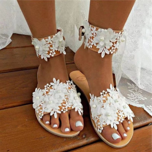 Slip-On Appliques Flip Flop Flat With Rubber Slippers