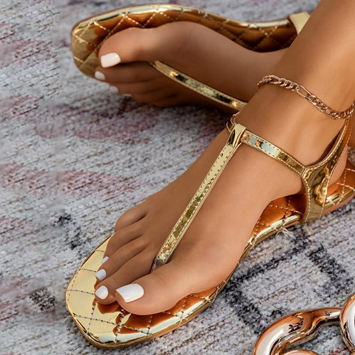Round Toe Flat With Buckle Western Sandals