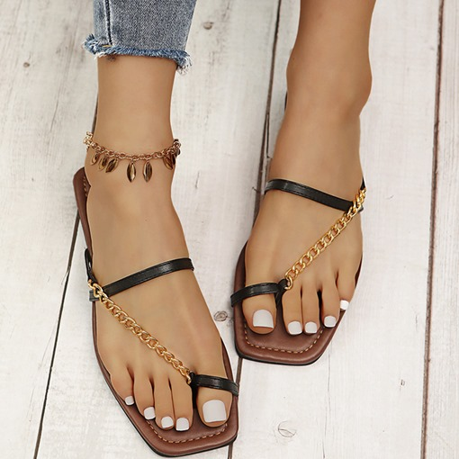 Flat With Slip-On Toe Ring Chain Rubber Slippers