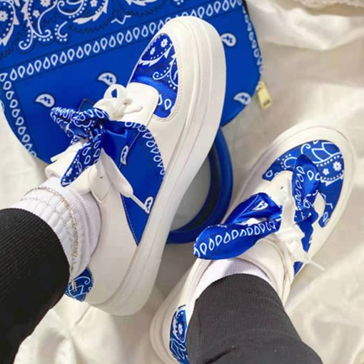 Thread Lace-Up Round Toe Silk Fabric Sneakers