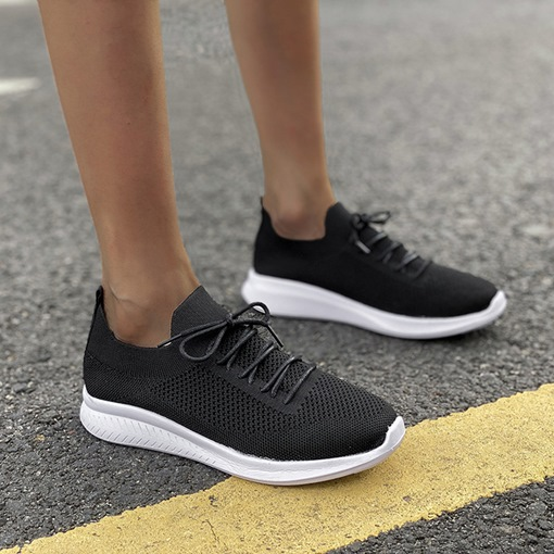 Plain Round Toe Slip-On Lace-Up Outdoor Sneakers