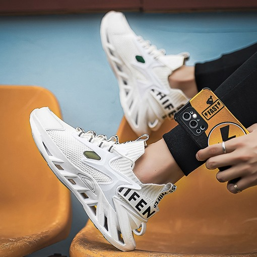 Low-Cut Upper Lace-Up Sports Round Toe Sneakers