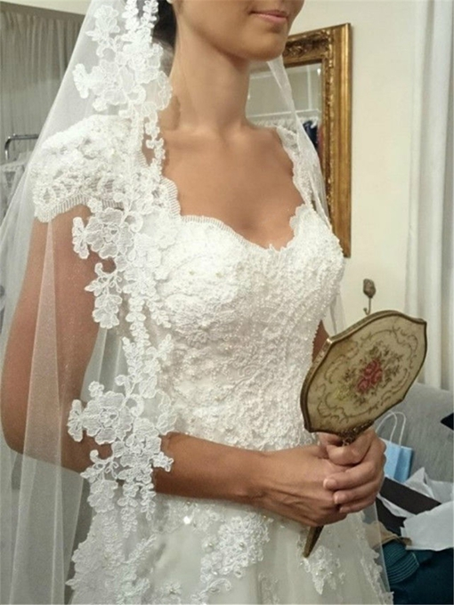Real Pictures V-Neck Cap Sleeve Appliques Wedding Dress