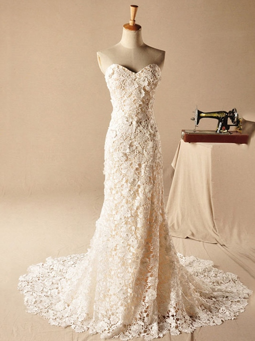 Sweetheart Neckline Pearls Mermaid Lace Wedding Dress