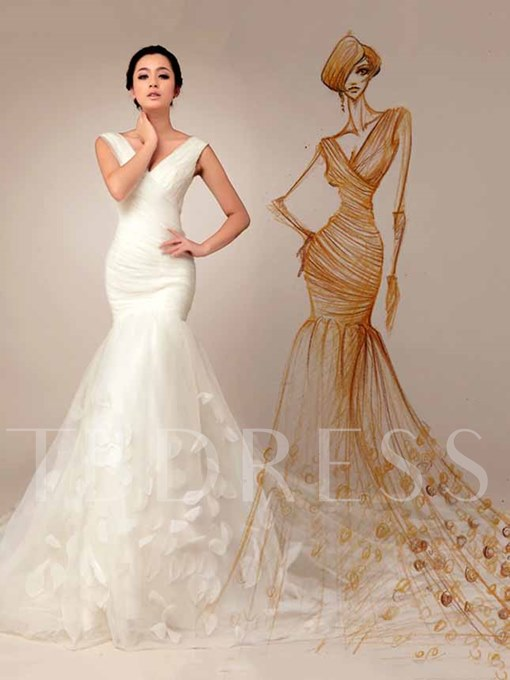 Mermaid/Trumpet V-neck Lace-up Appliques Court Train Wedding Dress