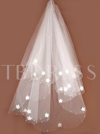 Fingertip Wedding Bridal Veils with Flowers Flowery Edge