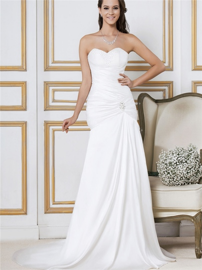 Sweetheart Beading Court Train Trumpet Wedding Dress