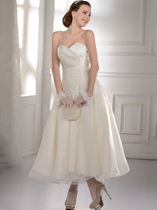 Appliques Ruched Tea Length Beach Wedding Dress