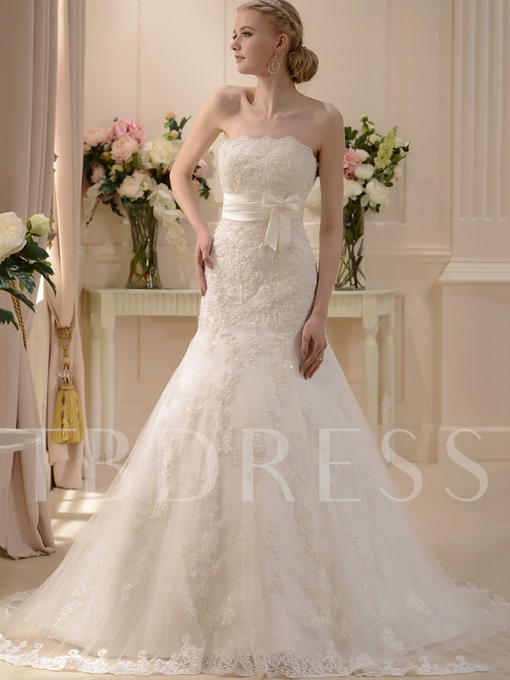Mermaid Strapless Appliques Wedding Dress