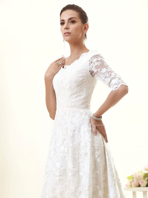 Half Sleeves A-Line Lace Appliques Wedding Dress