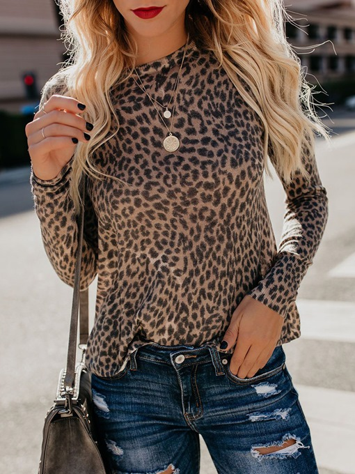 Slim Scoop Neck Leopard Print Women's T-Shirt