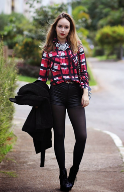 Fashion Outfits with Black PU Shorts for Girl 1
