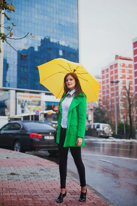 Green Coat Make A Rainy Day Colorful 3