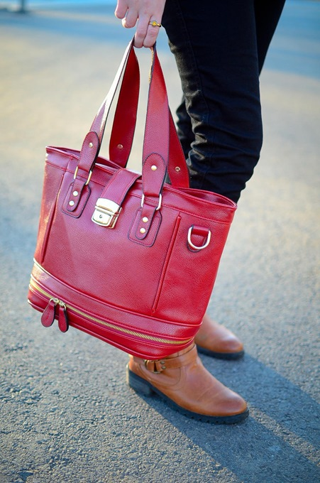 Red Shoulder Bag with Perfect Design 4