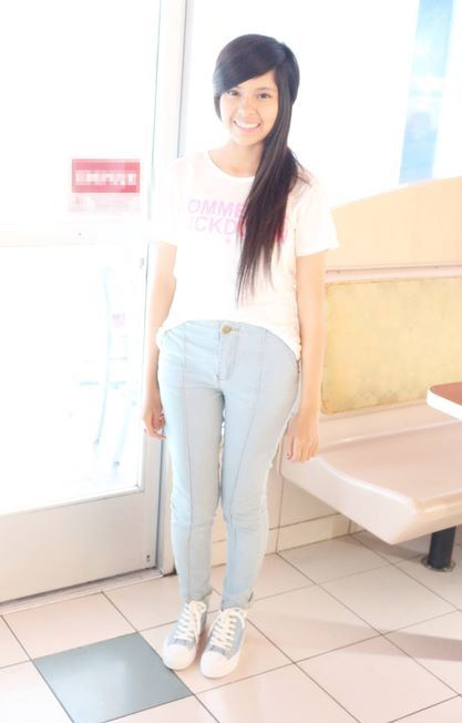 High Waist Jeans - Show Your Style 1